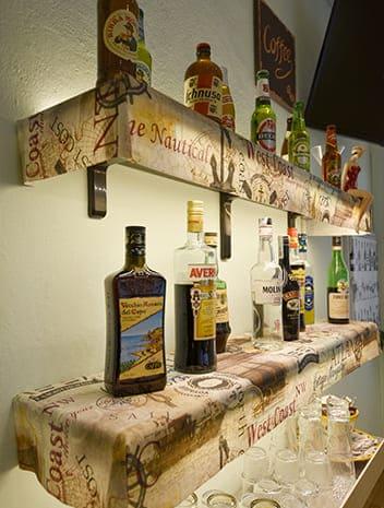 hotel-cesenatico-bar-bottiglie-1